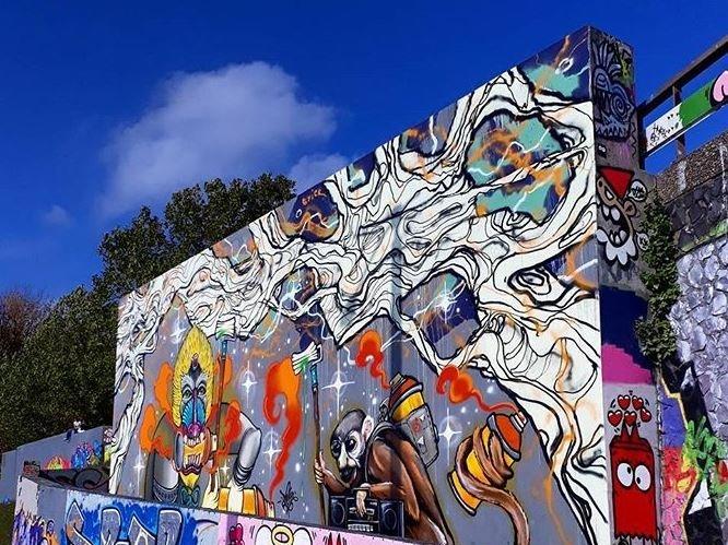 Mural feat.