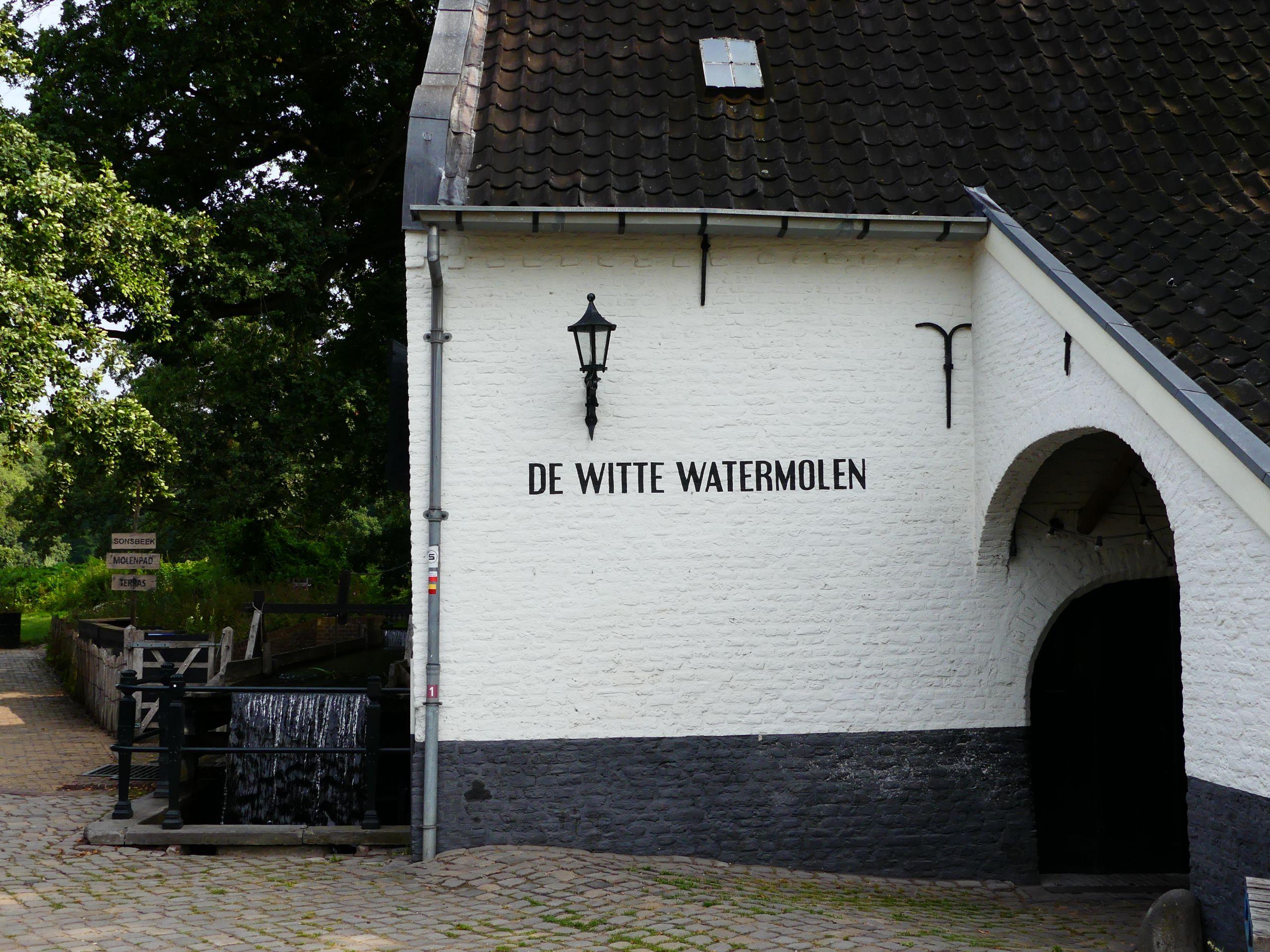 De Witte Watermolen Sonsbeekpark